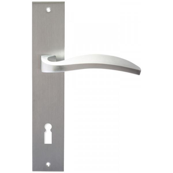 Дверная ручка Extreza Hi-Tech Tori (Тори) 101 на планке PL11 KEY матовый хром F05